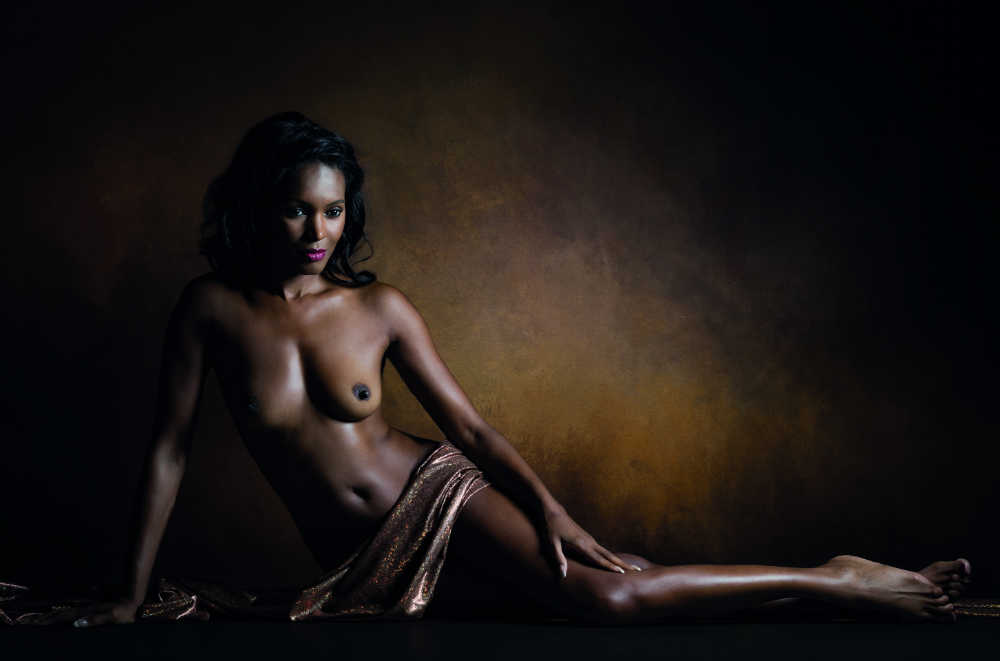 1_Color_4_GOLD_APB_Luc Stalmans_Aphrodite Melaina